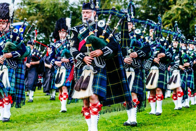 Best Bagpipes Buyers Guide