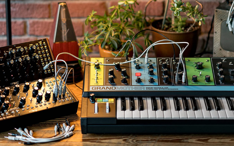 Best Keyboard Synthesizer Review